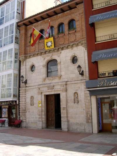 frances-etapa-12-albergue-santiago-y-santa-catalina-01