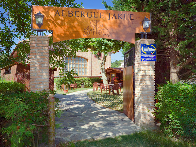 frances-etapa-4-albergue-de-peregrinos-jakue-01