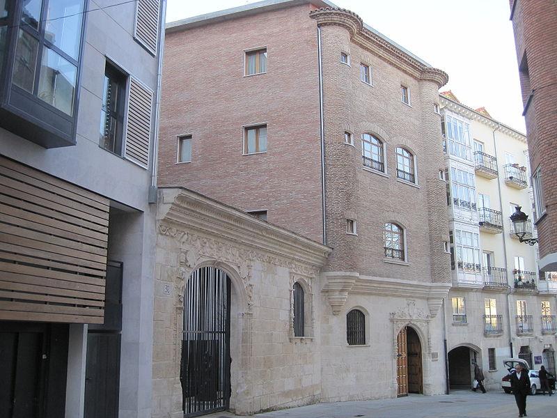 frances-etapa-12-albergue-casa-de-los-cubos-01